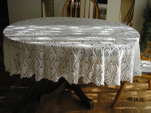 Pineapple Oval Tablecloth Large White Newly Evyslace