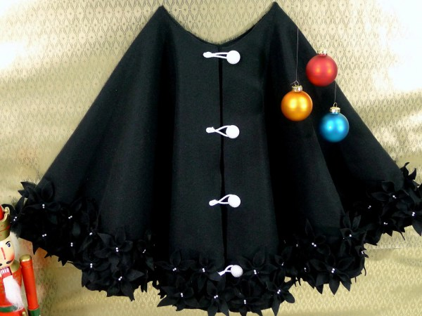 clearance 50 christmas tree skirt in black polyester