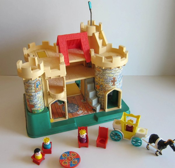 Fisher Castle Vitnage 70' Toy With Little People