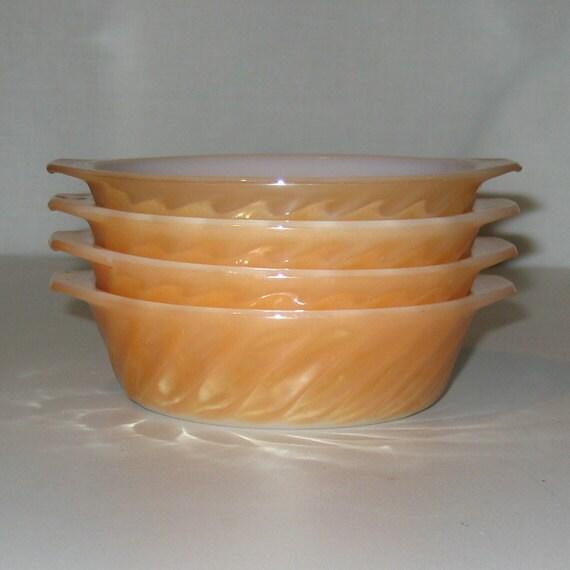Custard Hocking Anchor Cups