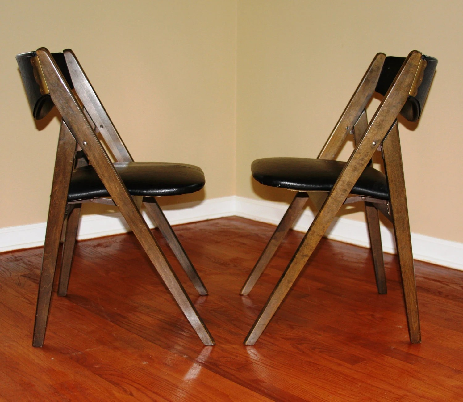 Stakmore Folding Chair Pair Of Mid Century Modern Folding Chairs