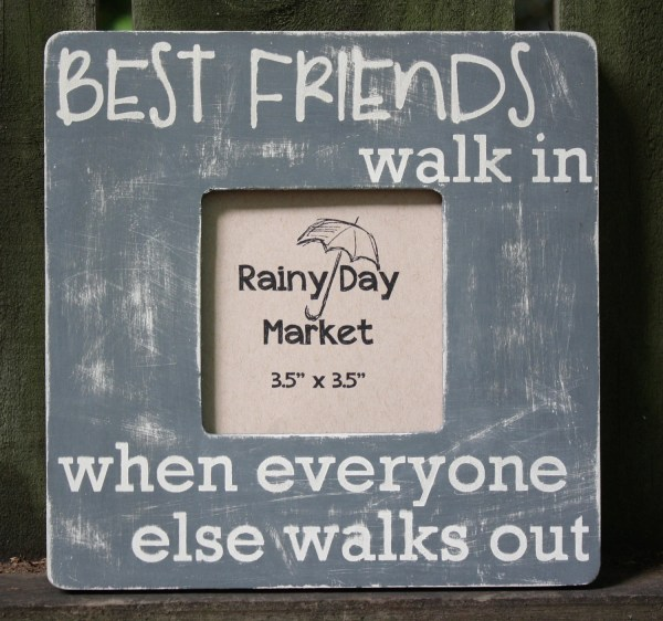 Friends Frame Arainydaymarket