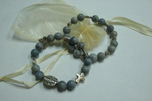 Elastic Cord Custom Jewelry Beaded Bracelet With Silver Toned
