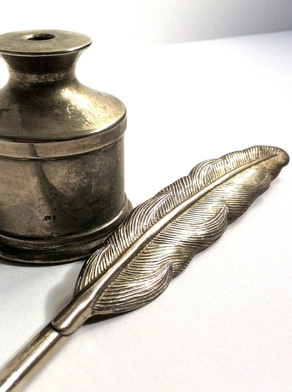 Silver Plated Feather Quill Pen And Ink Pot For Your Wedding