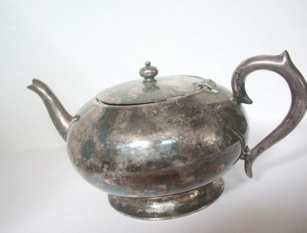 Vintage Silver Teapot. 5 Cup Teapot . Nostalgi