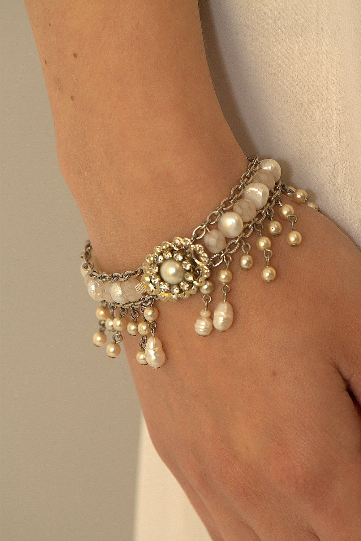 Bridal Bracelet Pearls Wedding Bracelet Rhinestone Vintage