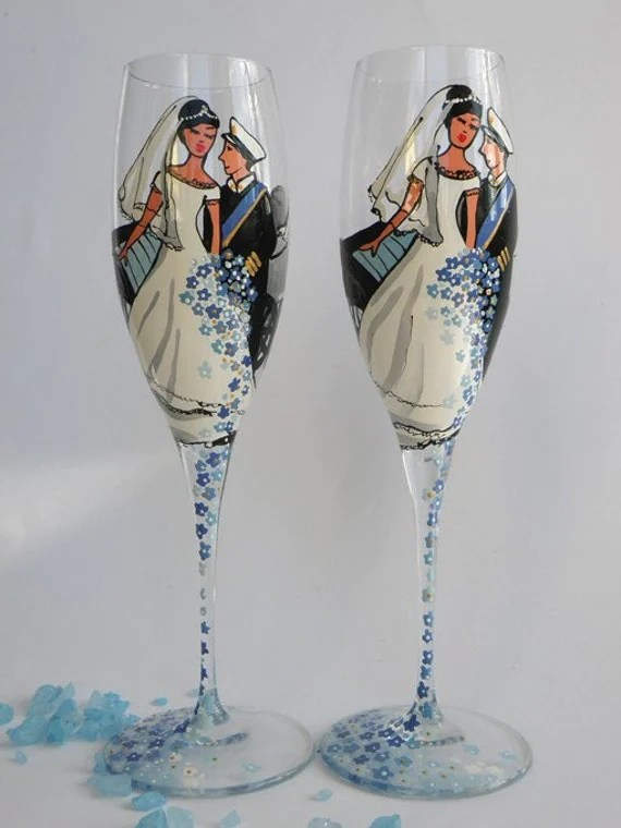 Items similar to Hand painted Wedding Toasting Flutes Set of 2 Personalized Champagne glasses