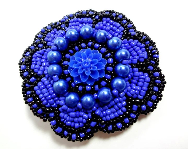 Black and Blue Hair Clip - MegansBeadedDesigns