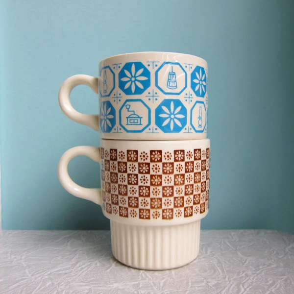 Vintage Stackable Coffee Cups Mugs 1970'