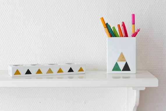 Triangles pencil holder