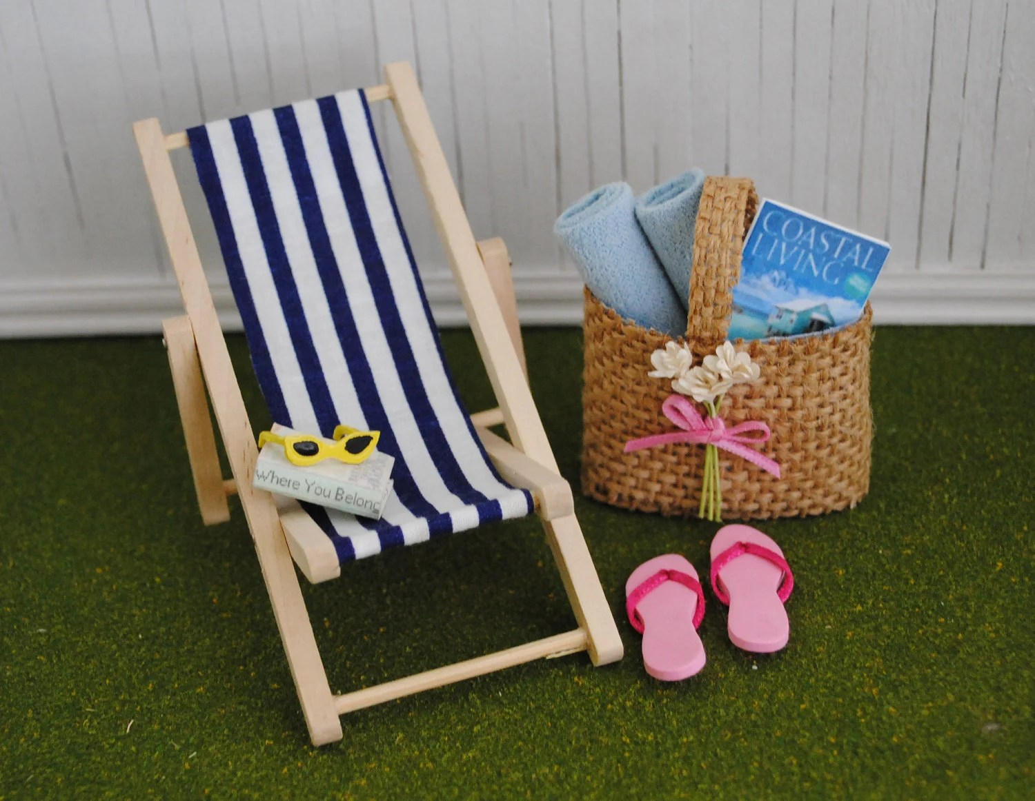 Blue And White Striped Chair Miniature Blue And White Striped Beach Chair A Cute Burlap