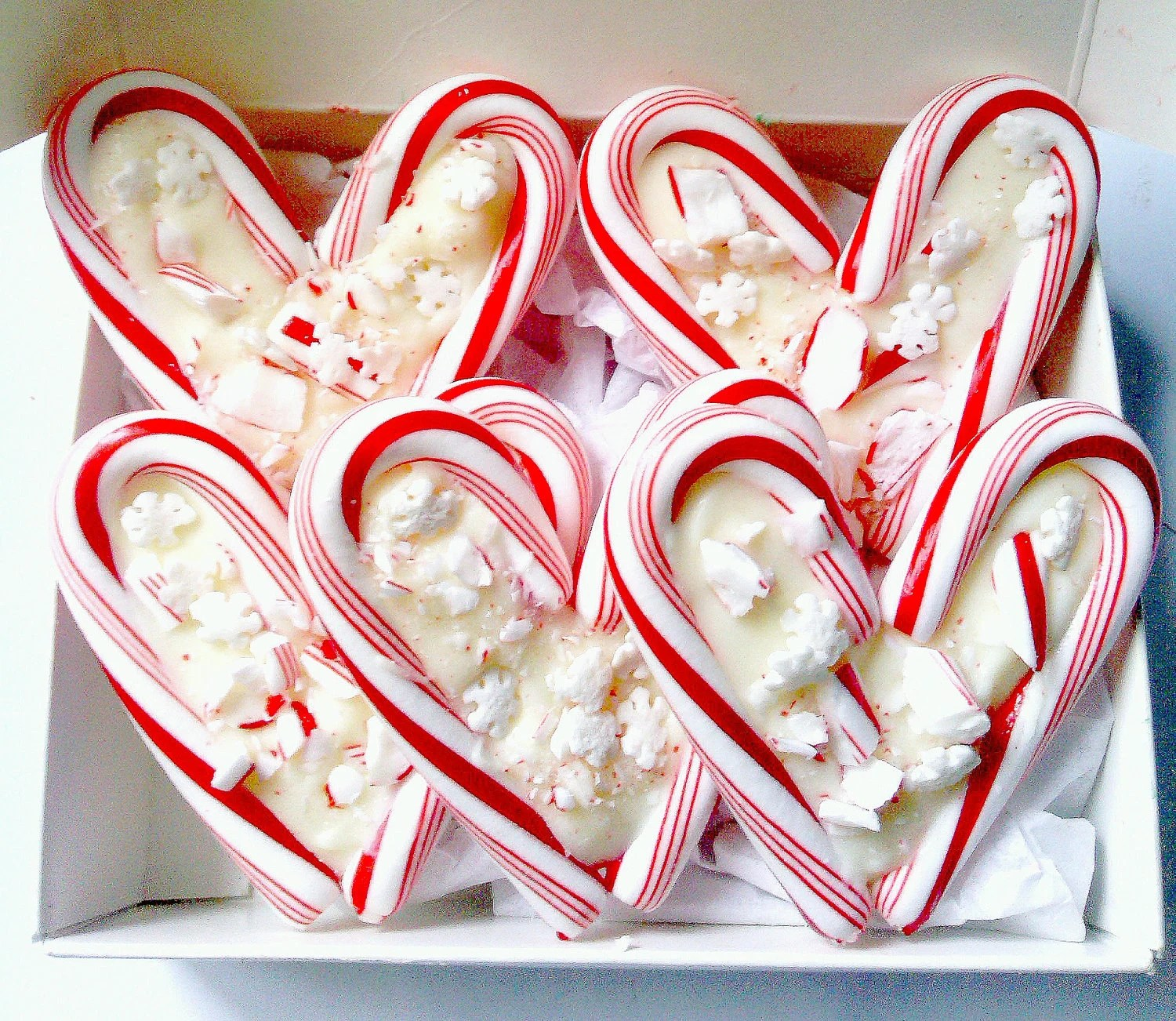 Candy Cane Hearts Peppermint Bark Stocking Stuffer 5 Small Hearts