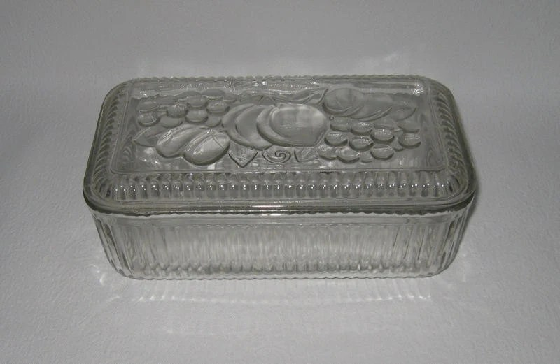 Vintage Glass Refrigerator Dish with Lid ... Large Two Piece Glass Refrigerator Dish ... Fruit Design