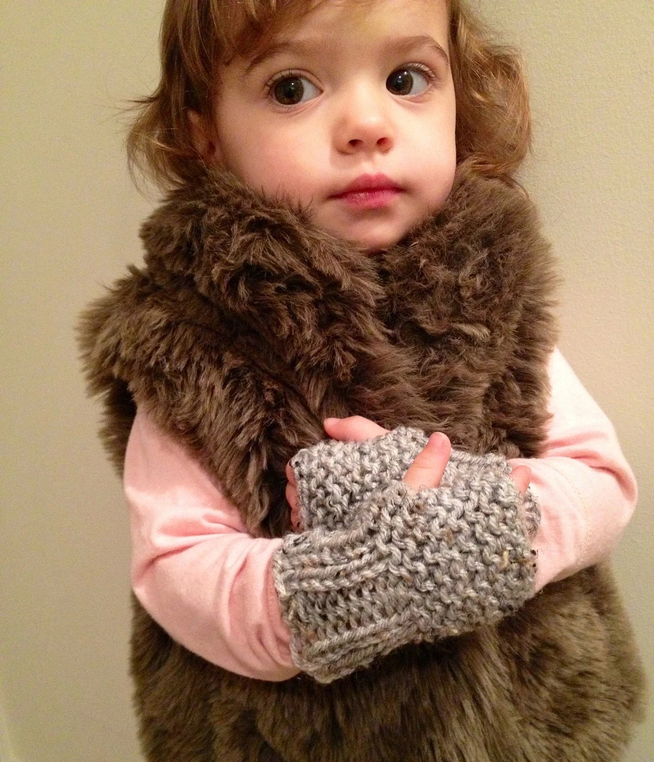 Had knit Toddler fingerless mittens - hand warmers - toddler mittens - kid gloves - gray - ages 18-24 months