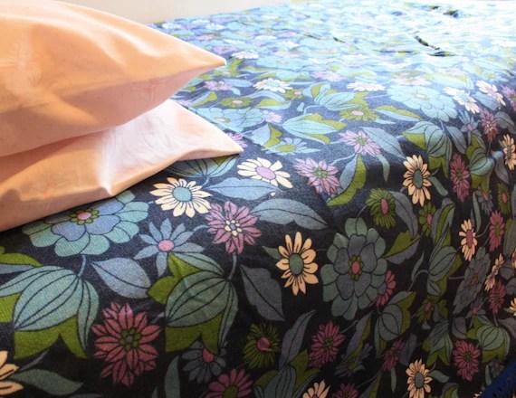 SALE Vintage bed throw blanket, purple flower retro fabric, 1960s UK seller