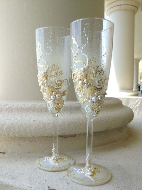 Wedding Champagne Glasses In Ivory And White Toasting