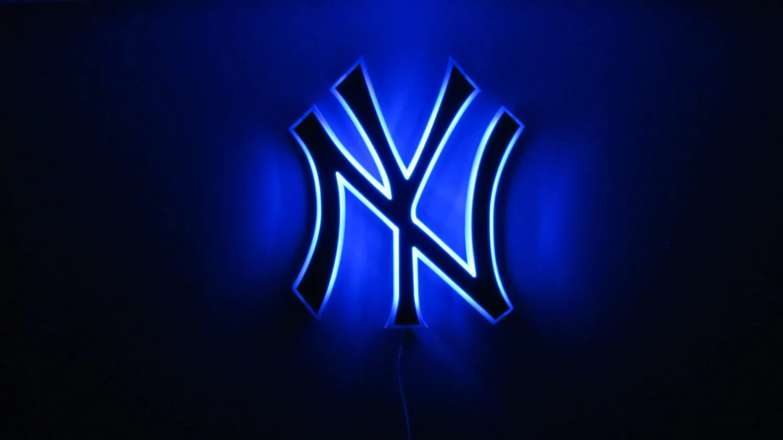 Custom order team logo lighted wall art Yankees