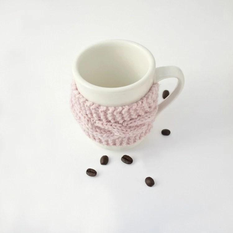 Coffee tea cup cozy mug cozy Pink mist - socksandmittens