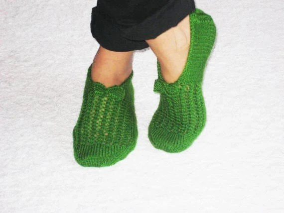 Grass Green Chic Slippers for Cold Days - aykelila