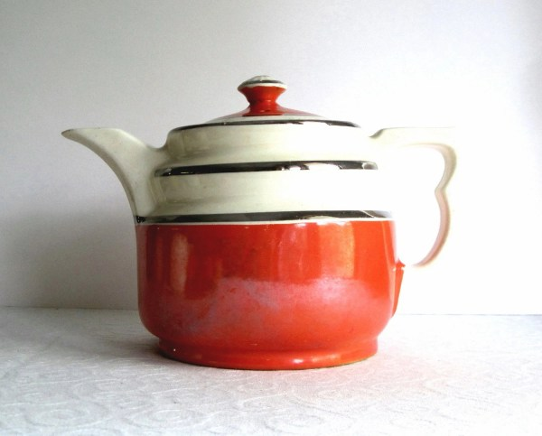 Vintage Mccormick Teapot Hall China Tomato Red And White