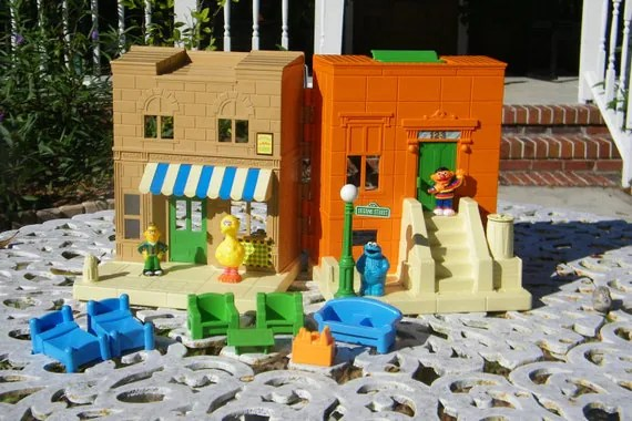 sesame street table and chairs power lift that rock vintage 1984 hooper's store toy play set