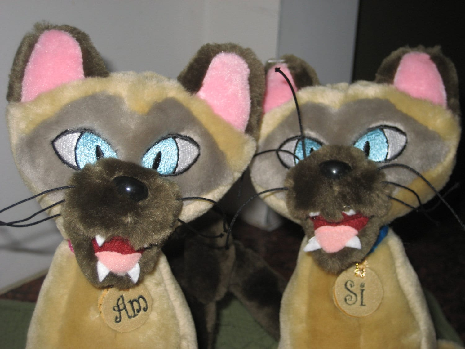 Walt Disneys Si  Am Siamese Cat Plush Toy From Lady and