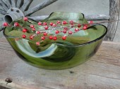 Mid century green glass serving bowl avocado  perfect for entertaining - polkadotsandcurls