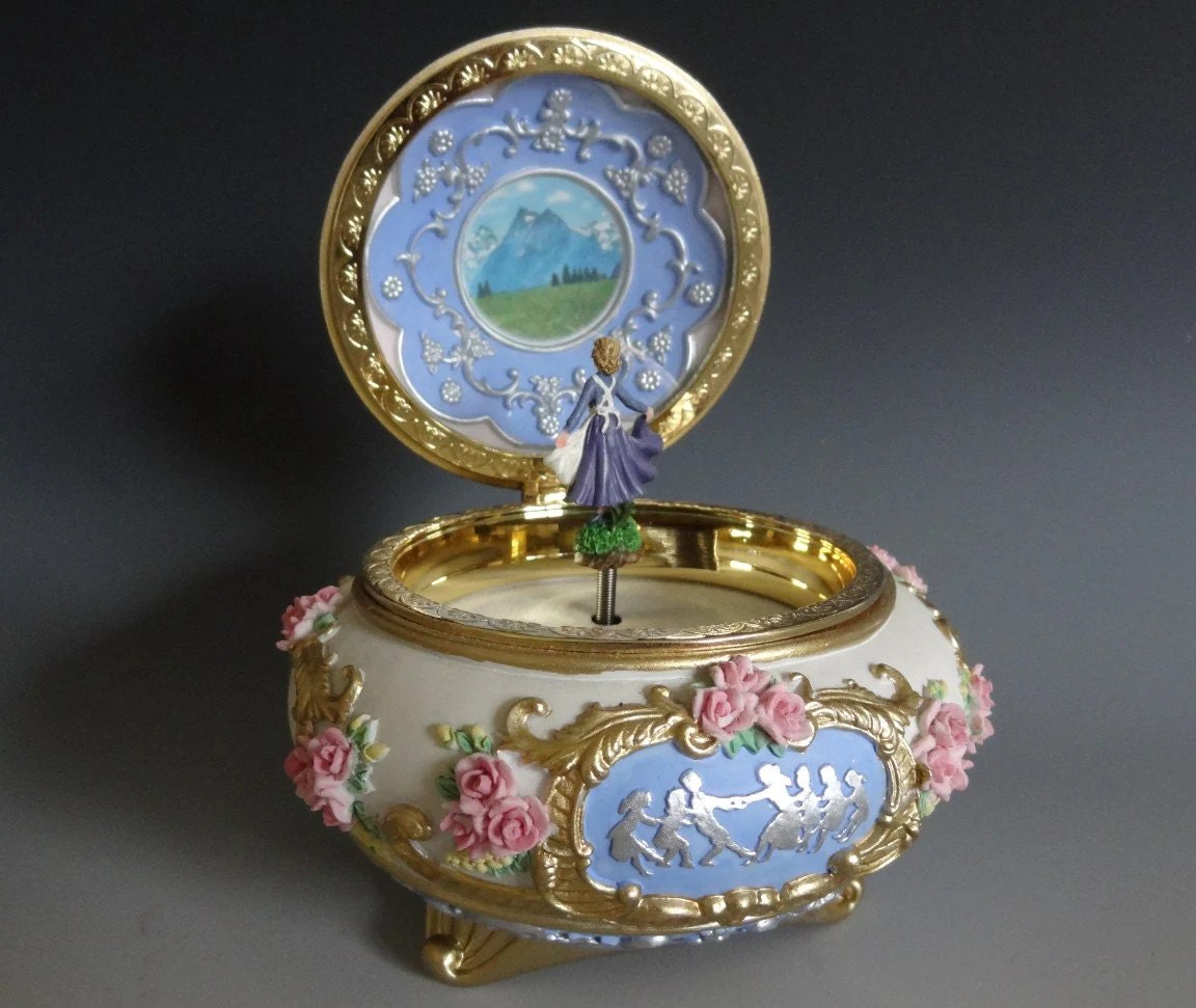 Heavy High Quality Vintage Musical Jewelry Boxtrinket