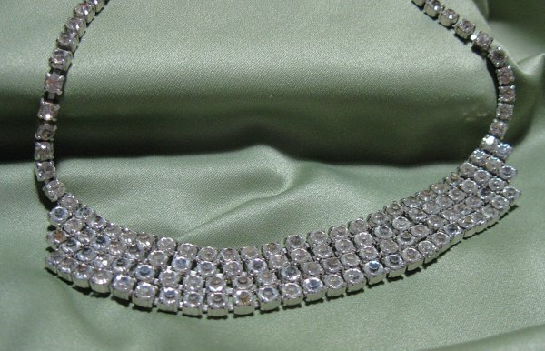 Vintage Rhinestone Necklace 14 Theeclecticdiva
