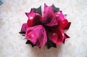 boutique style hair bow with tulle