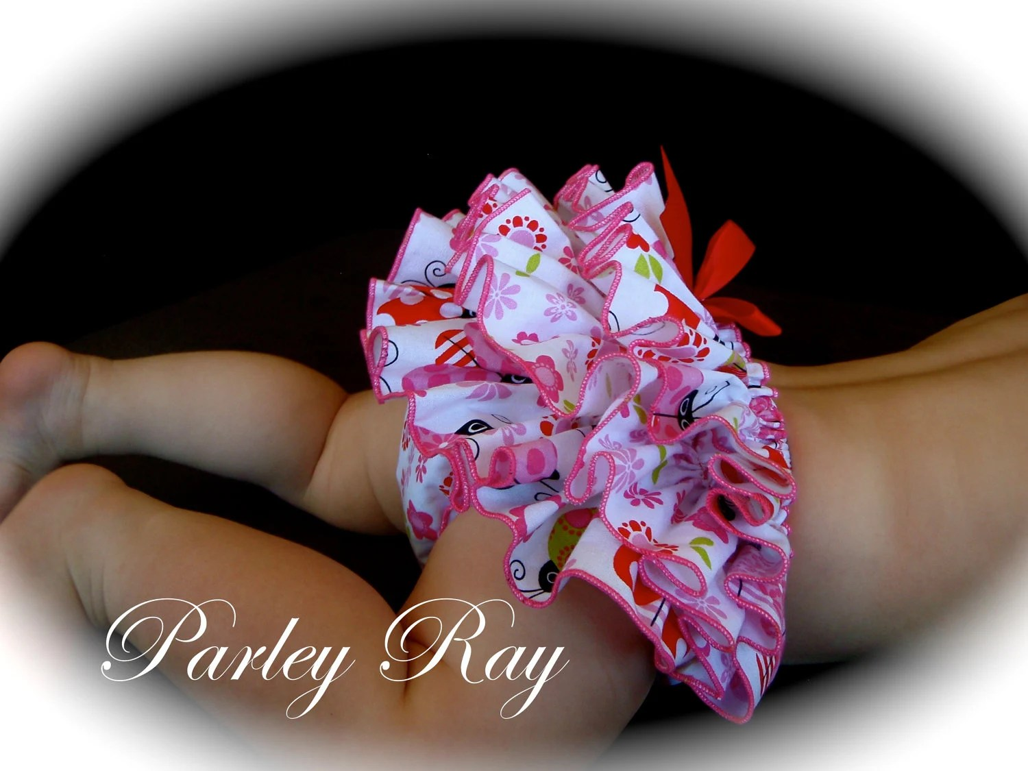 Beautiful Parley Ray Little LadyBug Ruffled Baby Bloomers / Diaper Cover / Photo Props Lady Bug