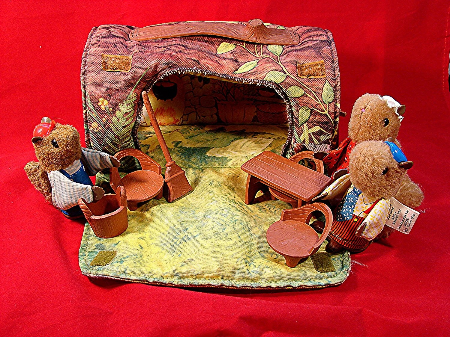 play table and chairs ace hardware vintage 1979 fisher price woodsey squirrel house log home