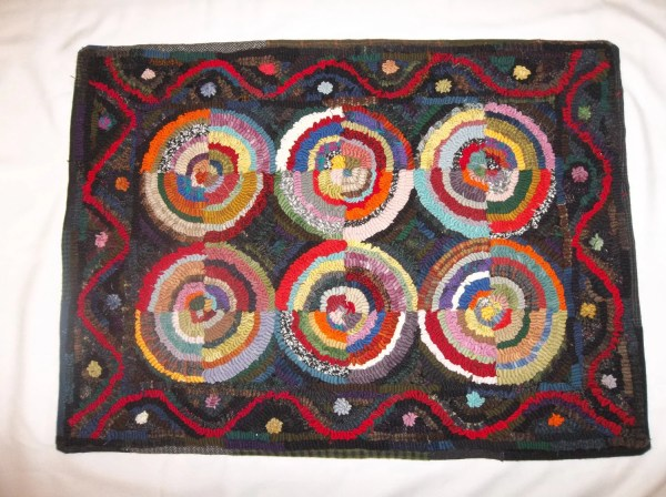 Hand Hooked Wool Rug 21x30