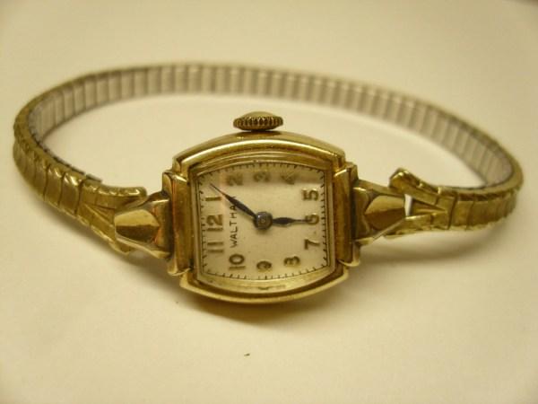 Vintage Gold Filled Waltham Wrist Watch 17 Jewels