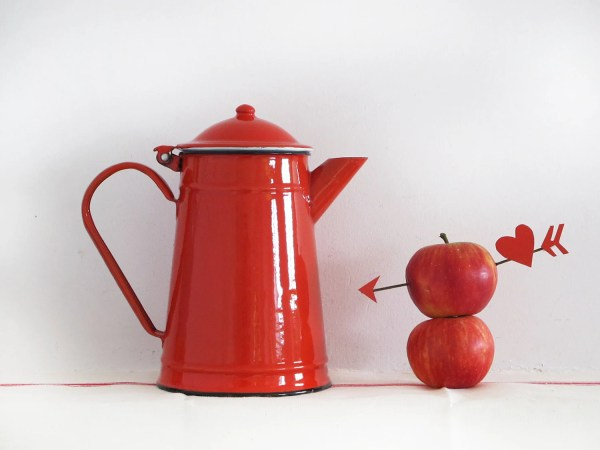 Red Kitchenlarge French Vintage Enamel Teapot Passion