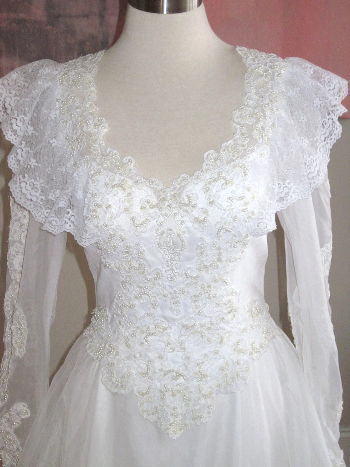 vintage white italian lace wedding gown dress size 6 by