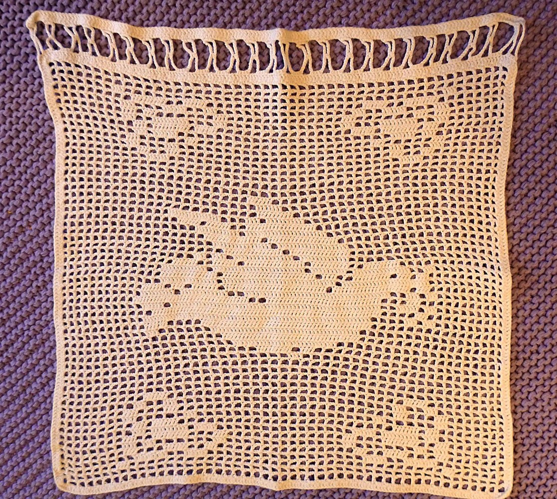 Vintage Crocheted Window Valance Dove Pattern Pigeon By