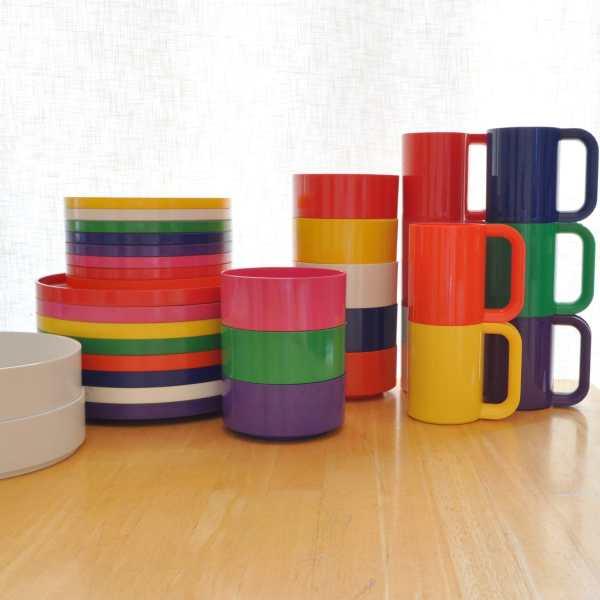 Heller Dinnerware Set 34 Pieces of Plastic