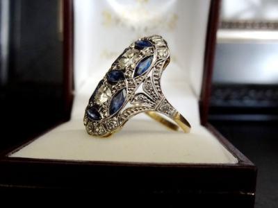 Art Deco diamond and sapphire ring.