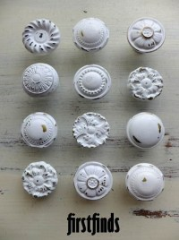 MISFIT 12 shabby chic furniture knobs white vintage drawer