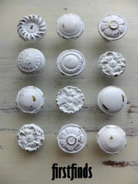 MISFIT 12 shabby chic furniture knobs white vintage drawer