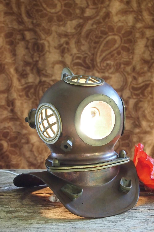 Deepsea diver old US Navy diving helmet lamp light copper