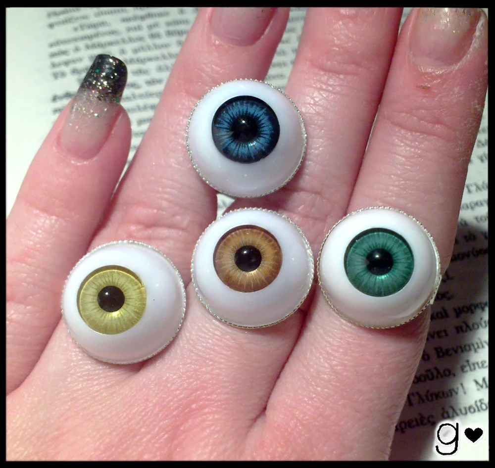 spooky eye ring