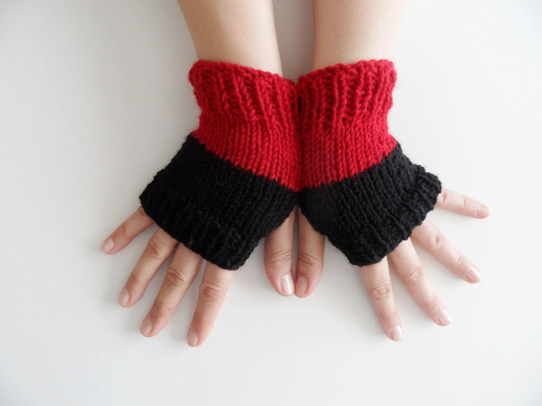 FREE SHIP gloves, handmade, winter trends, red and black gloves, fingerless gloves - JasmneAccessores