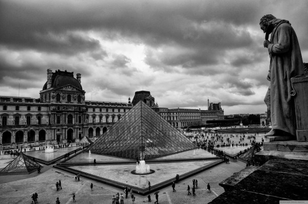 Pyramid Louvre A4 Fine Art Print In 16x12 Matte Black