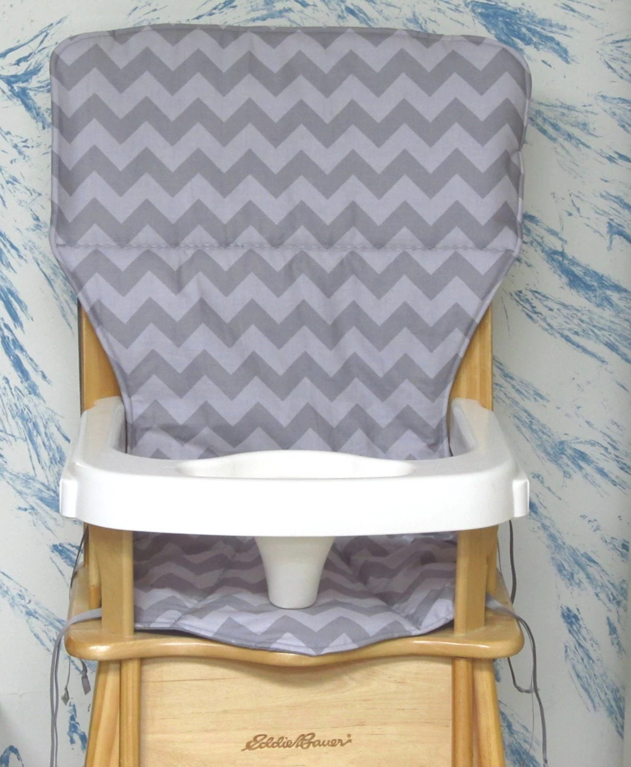 eddie bauer high chairs sunbrella lounge replacement chair coverchevronzig zag two