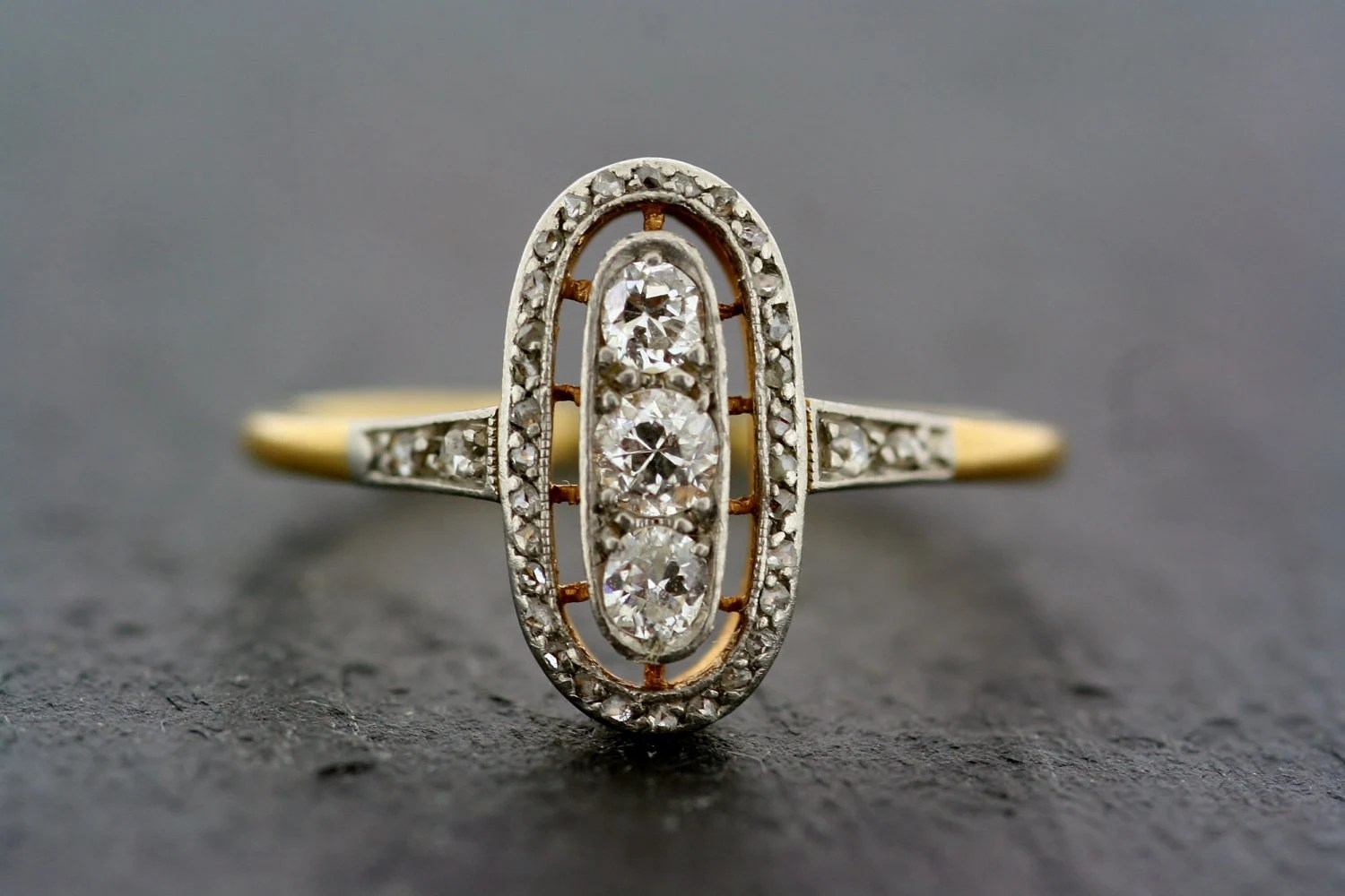 Art Deco Ring -  Antique Diamond Art Deco 18ct Gold & Platinum Ring