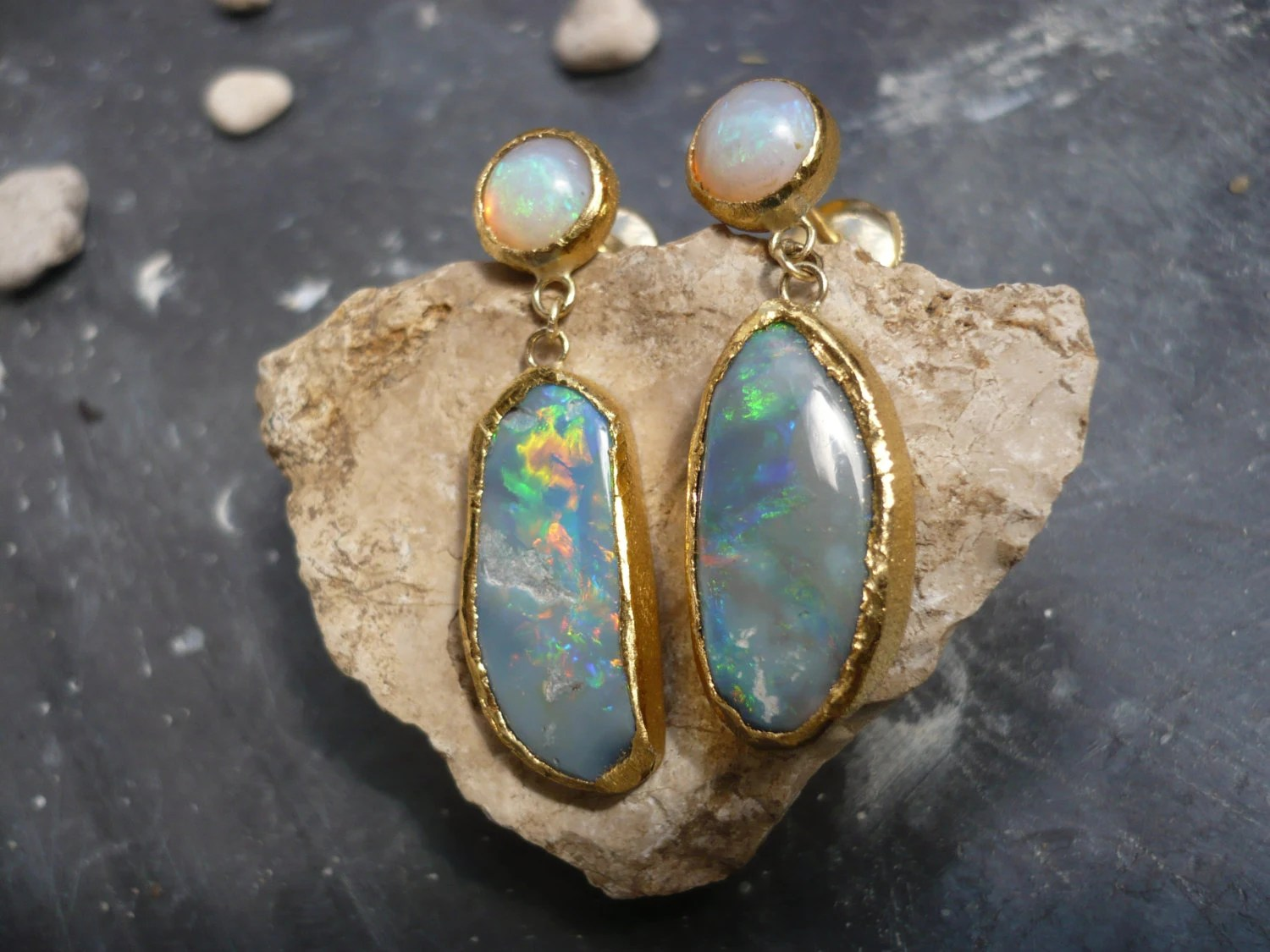 18 ct yellow and fine gold earrings with 4 australian opals - Bimonia