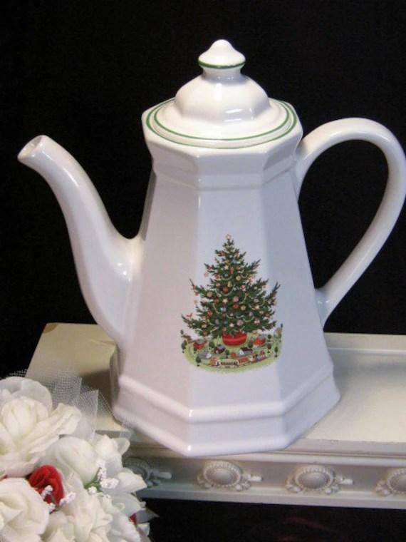 Items similar to Vintage Pfaltzgraff Christmas Tree