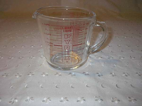 Pyrex 4 Cup 1 Quart 32 Oz Glass Measuring 532